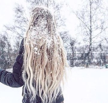 girl-hair-snow-vibes-favim-com-4915844