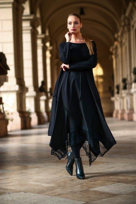 19036 Kriszta ruha Fekete S-M,L-XL,2XL-3XL